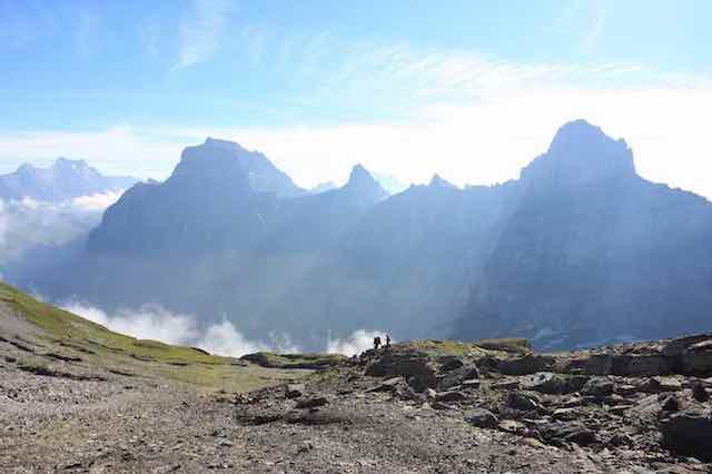 Marche avec Dieu, marche en montagne, enjeux spirituels